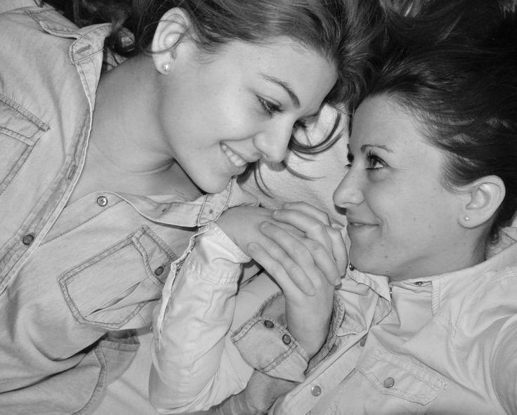 Sisters (a tanka)