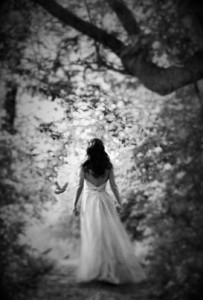 woman-walking-in-long-dress-down-a-wooded-path-sandra-cunningham (2)