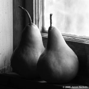 Two_Pears_in_Window